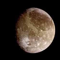 Ganimed ( Voyager 2 distance-1230000 km.)